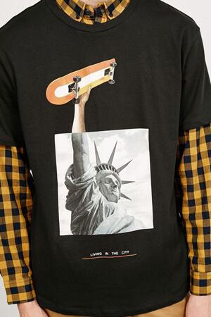 Коллаж на футболке