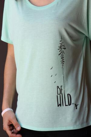 Интересный дизайн футболки