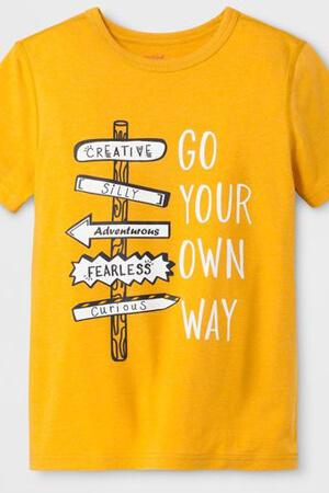 Композиция в дизайне футболки