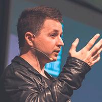 Вова Лифанов - Арт-директор и основатель cтудии Супрематика
