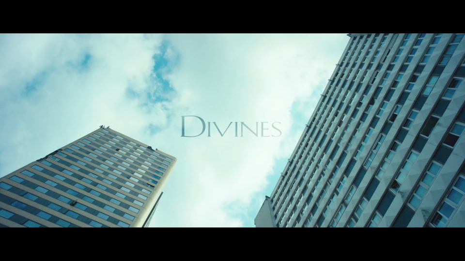 Divines I Opening titles